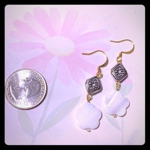 NWT silver & shell dangle earrings